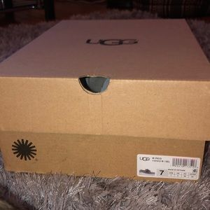Ugg pick sneakers new!! In box